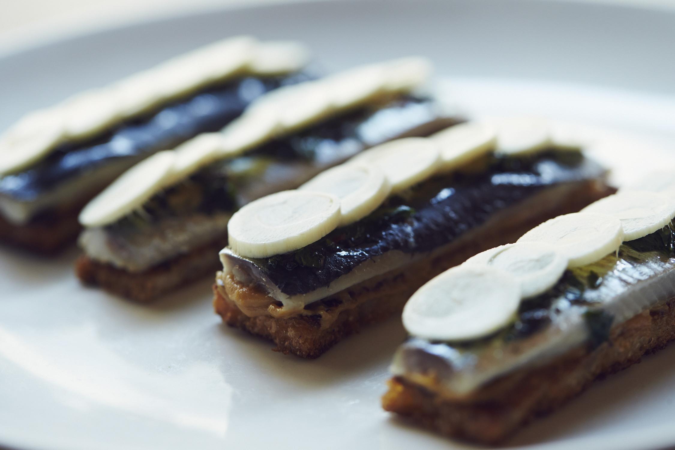 Ssam Bar Sardines On Toast 2 Photo Credit William Hereford