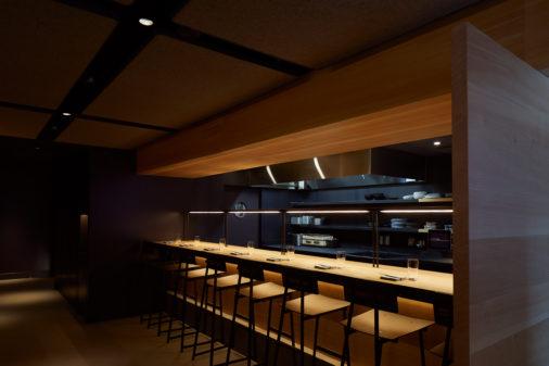 Momofuku Ko interior bar