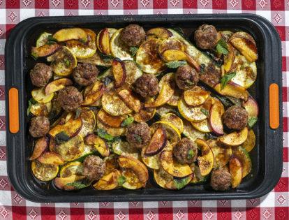 sheet pan meatballs with summer squash